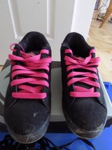 Womens size 8 DVS trainers in Lakenheath, UK
