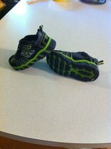 boys skechers light shoes sz. 10.5 (like new) in Pleasant View, Tennessee