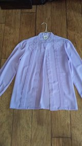 Blouse Size 10 in Kingwood, Texas