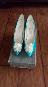 Green Dyed Heels, Size 8M in Kingwood, Texas