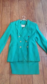 Green Suit, Size 6 in Houston, Texas