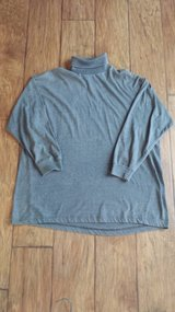 Gray Turtleneck, Size Medium in Kingwood, Texas