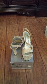 Stardust Golden Shoes, Size 9.5M in Kingwood, Texas