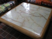 Marble coffee table Reduced to $300 in Joliet, Illinois
