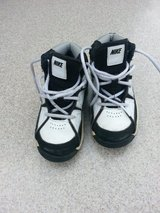 Toddler Nike High Tops, size 9 in Aurora, Illinois