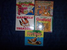 lot of 5 garfield treasury comic books 1st, 3rd, 4th , 8th, 9th jim davis guc in Alamogordo, New Mexico