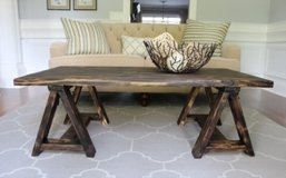wood pallet saw horse coffee table shelf in Camp Lejeune, North Carolina