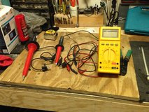 Fluke 27 multimeter in Vista, California