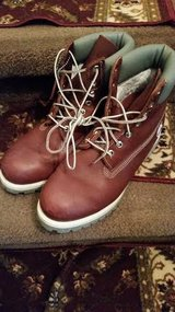 Burgundy / Men's Timberland Boots in Fort Campbell, Kentucky