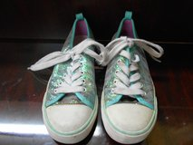 KIds Old Navy Sneakers in The Woodlands, Texas