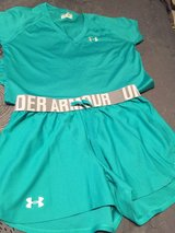 S/M women's Under Armour shorts and top in Belleville, Illinois