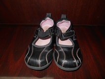Girl's Carter Black & Pink Shoes in Spring, Texas