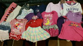 24 month girls clothing 20 pieces in Joliet, Illinois