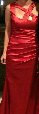 Red evening gown in Beaufort, South Carolina