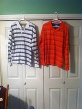 mens shirts sz.large in Fort Campbell, Kentucky