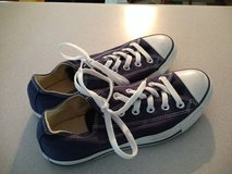 converse shoes. (navy) sz. mens.6/ womens 8 in Pleasant View, Tennessee