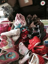 Baby shoes and women's shoes in Fort Campbell, Kentucky