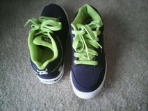 Sketchers SKX shoes in Quantico, Virginia
