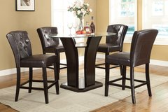 NEW Grand Designed Counter Height Dining Set TABLE W/4 CHAIRS in Savannah, Georgia