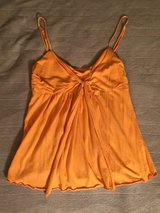 Soft Orange Top Sz S/M in Fort Knox, Kentucky
