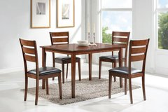 5 PC Dining Set -----NEW in Hinesville, Georgia