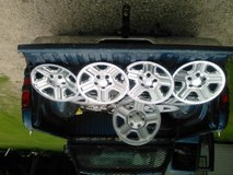 "2014  16""Stock(5) Jeep wheels and(4) covers in Conroe, Texas"