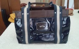 Tommy Hilfiger Purse in Conroe, Texas