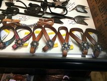 Tie down keepers horse tack in Fort Campbell, Kentucky