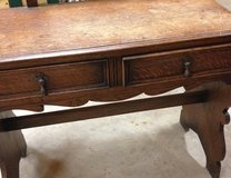 Antique Mirror Dressing Table in Fort Polk, Louisiana