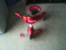 Radio flyer Grow n Go lights  & sound bike with training wheels in Quantico, Virginia