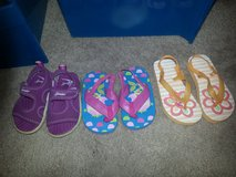 Toddler sandals and flip flops in Joliet, Illinois