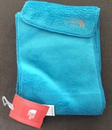 The North Face girls Denali thermal scarf new with tags in Ramstein, Germany