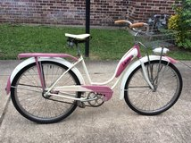 Vintage schwinn bike in Houston, Texas