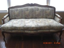 6' Antique Louise XV style Sofa Couch in Alamogordo, New Mexico