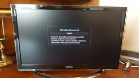 22 inch Samsung LCD HDTV like new dual voltage in Ansbach, Germany