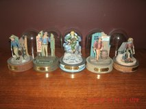 5 Franklin Mint, John Wayne Hand-Painted Sculptures in Orland Park, Illinois