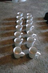 14 Brown Rimmed Coffee Mugs in Alamogordo, New Mexico