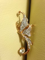 Gorgeous crystals and gold butterfly ear cuff clip in Fort Polk, Louisiana