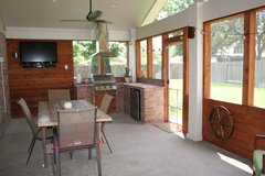 Covered Patios, Outdoor Kitchen in Kingwood, Texas