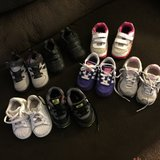 Sneakers size 5 name brand in Fort Campbell, Kentucky