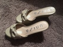 Nude sandals size 6.5 in Naperville, Illinois