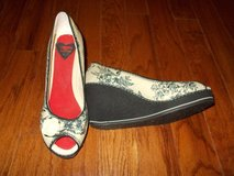 ***Ladies ROCKET DOGS Platform Shoes***SZ 8.5 in Sugar Land, Texas