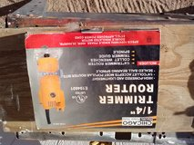 """Chicago electric 1/4"""" router in 29 Palms, California"""