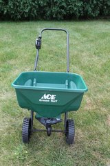 Ace® Green Turf Deluxe Broadcast Spreader (2030AT) in Aurora, Illinois