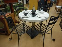 Vintage Mid Century Chrome & Cast Iron Base Kitchen Table CafeTable in Chicago, Illinois