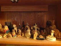 Dog figurines in Elizabethtown, Kentucky