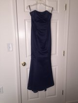Evening gown w/ Attached scarf in Fort Belvoir, Virginia
