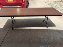 5 8ft folding tables in Alamogordo, New Mexico