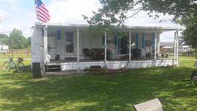 40' Terry Camper. 2 bedrooms and full bathroom (salvage title) in Camp Lejeune, North Carolina