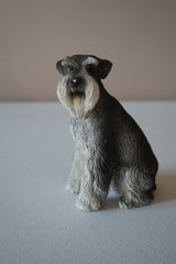 Miniature Schnauzer Stone Statue in Chicago, Illinois